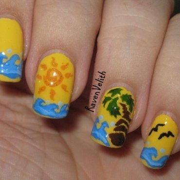 Vector Beach nail art by Lynni V.