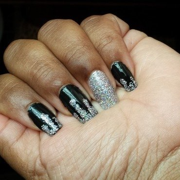 Sparkle Plenty nail art by LisaB