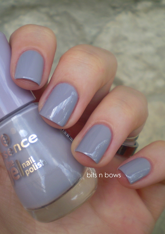 Essence The Gel 37 serendipity Swatch by Kristina