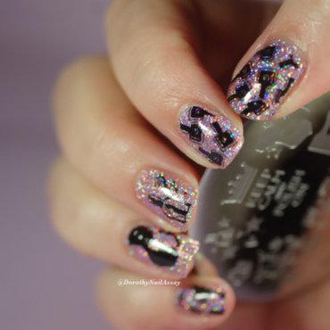 NAIL POLISH ADDICT nail art by Dorothy NailAssay