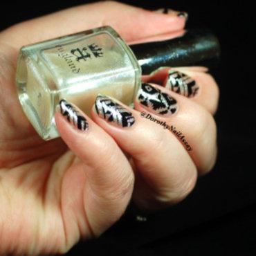 Nail art fashion week 2015 tribal aztec 6 thumb370f