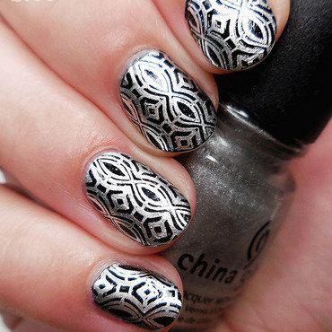 Silver Goth nail art by sabbatha