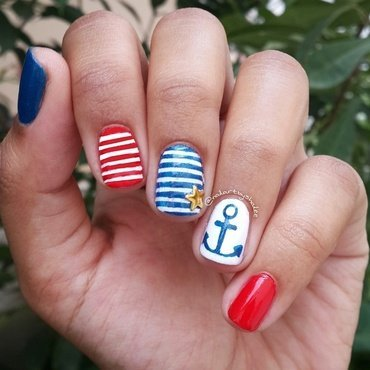 Nautical nails! ⚓⛵💅 nail art by Shailee