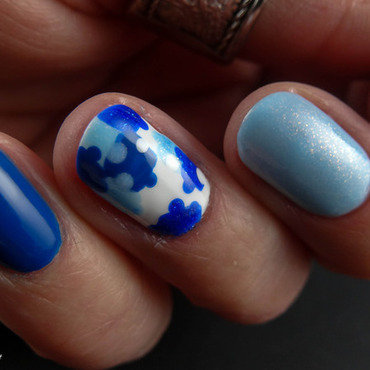Autism Awareness Nail Art nail art by Virginie