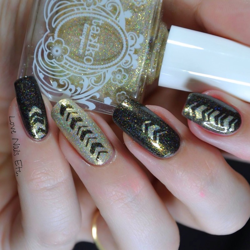 Crazy Gold nail art by Love Nails Etc
