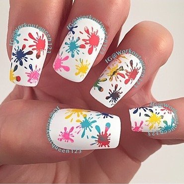 Splatter nail art by Workoutqueen123