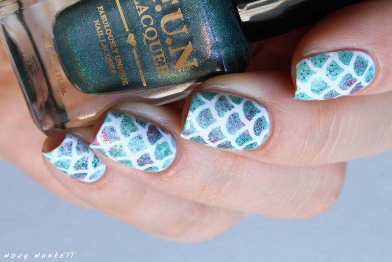 Ongles de sirène nail art by Mary Monkett