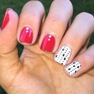 Simple beading nail art by Ashley