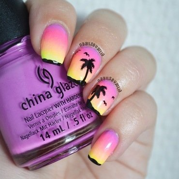 Sunset in paradise nail art by Julia