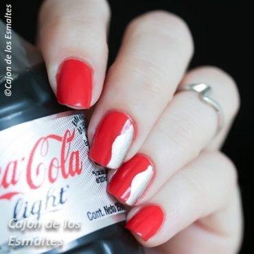 OPI - Coca cola nail art by Cajon de los esmaltes