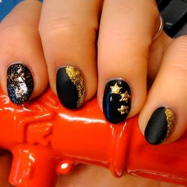 Dark sky nail art by Nail Crazinesss