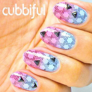 Gradient nails thumb370f