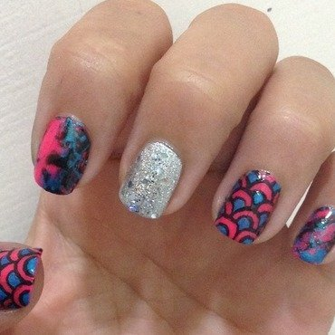 Fancy Fish nail art by Idreaminpolish