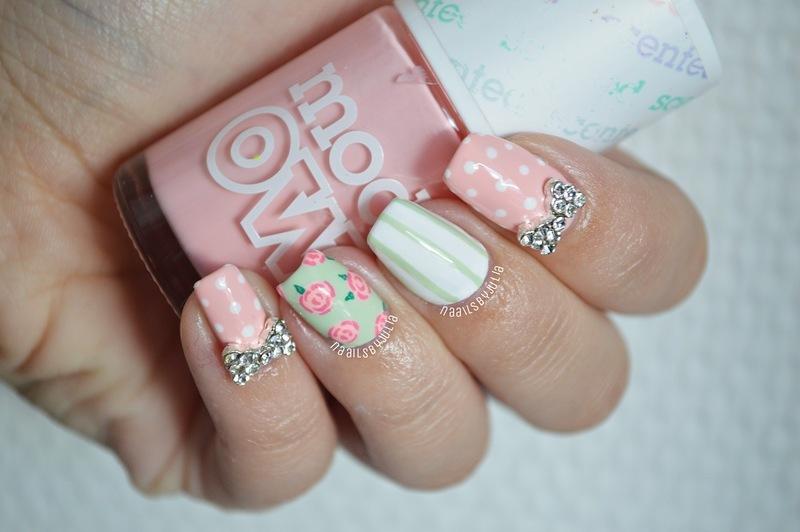 Roses nail art by Julia