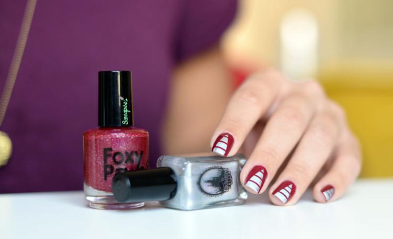 Pyramidal strip nails  nail art by Sweapee