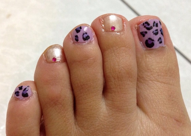 Purple Leopard Marshmallow nail art by Idreaminpolish