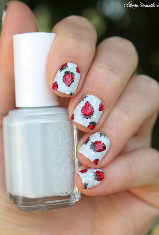 Strawberries nail art by Cocosnailss