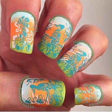 A Tropical Gradient nail art by Workoutqueen123