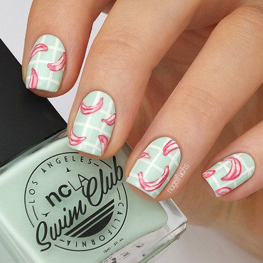 Pink Banana Plaid nail art by nagelfuchs