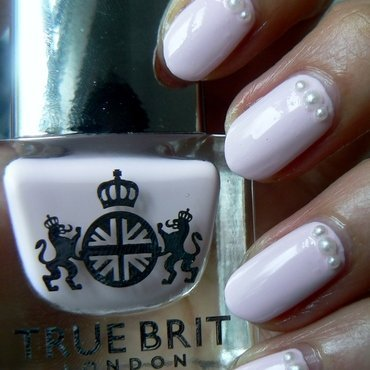 Cream Tea Pink and Pearls nail art by Aysha Baig
