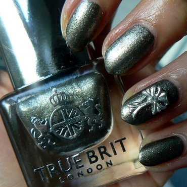 Gothic Knightsbridge nail art by Aysha Baig