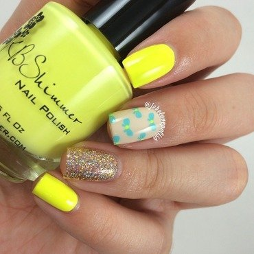 Yellow 💛 nail art by Jesmary