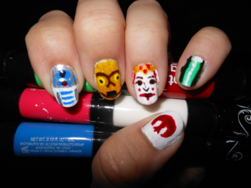 Star Wars: Left Hand Menace nail art by Cecilia Brown
