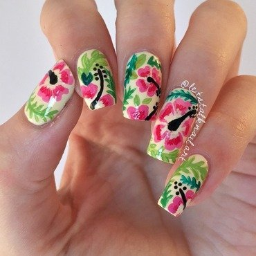 Hibiscus Hula nail art by Lottie