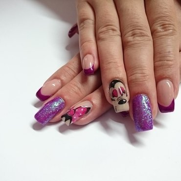 Minnie nail art by Rossella Landi