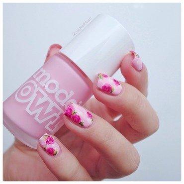 Pink Icing nail art by Alina E.