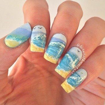 Rolling Wave nail art by Lottie