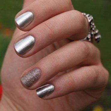 Silver nails nail art by Susanna