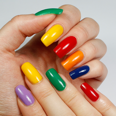 Rainbow Colours nail art by Yue