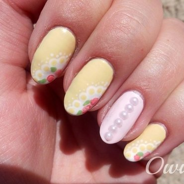 Vintage lace with roses. nail art by Owidia