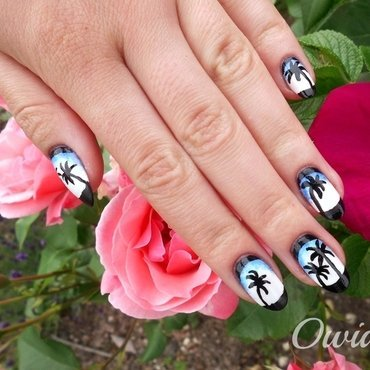 Moonlit night under palms. nail art by Owidia