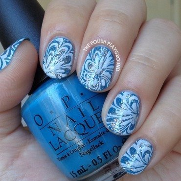 Glittery 20blue 20and 20white 20water 20marble 20stamping 20nail 20art thumb370f