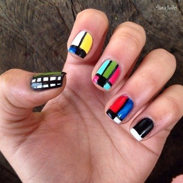 Color block ⚡️ nail art by Blanca Canales