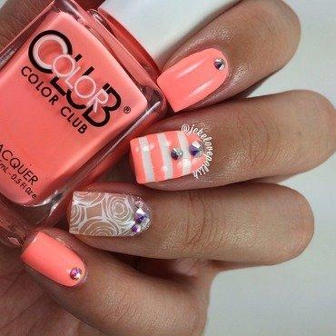 Diamonds ✨ nail art by Jesmary
