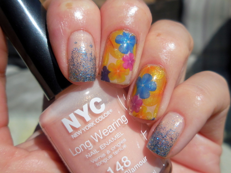 Sunshine flowers nail art by Donner