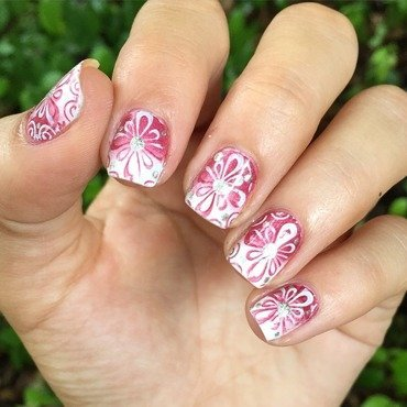 Dainty gradient stamping nail art by Ashley