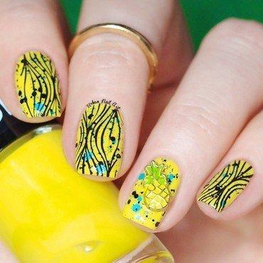 Bright Pineapple Nail Design nail art by Lou