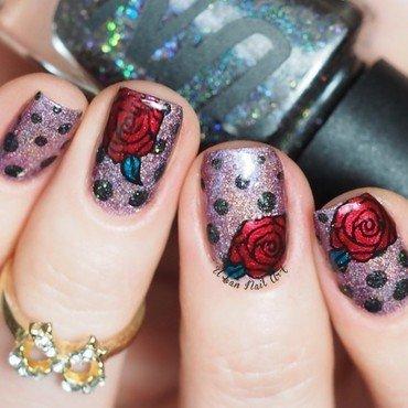 'Dotticure'n'Roses' design nail art by Lou