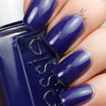 Essie Silk Watercolor Point Of Blue by Yue