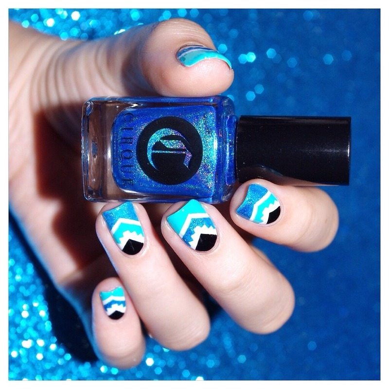 Turquoise! nail art by Bulleuw