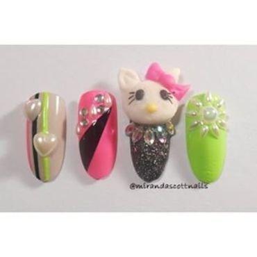 DIY Acrylic Hello Kitty nails nail art by Candace Miranda Prescott