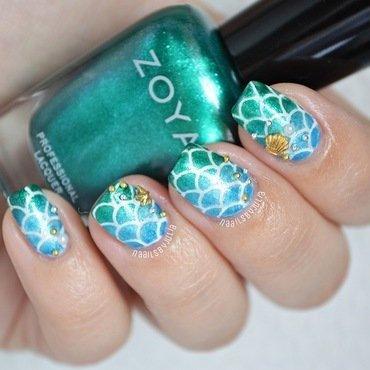 Mermaid nail art by Julia