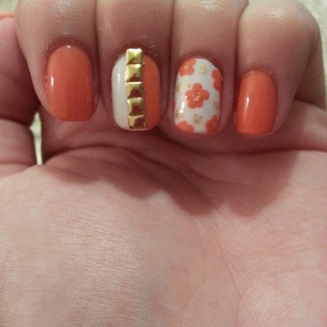 floral coral nail art by Maya Harran