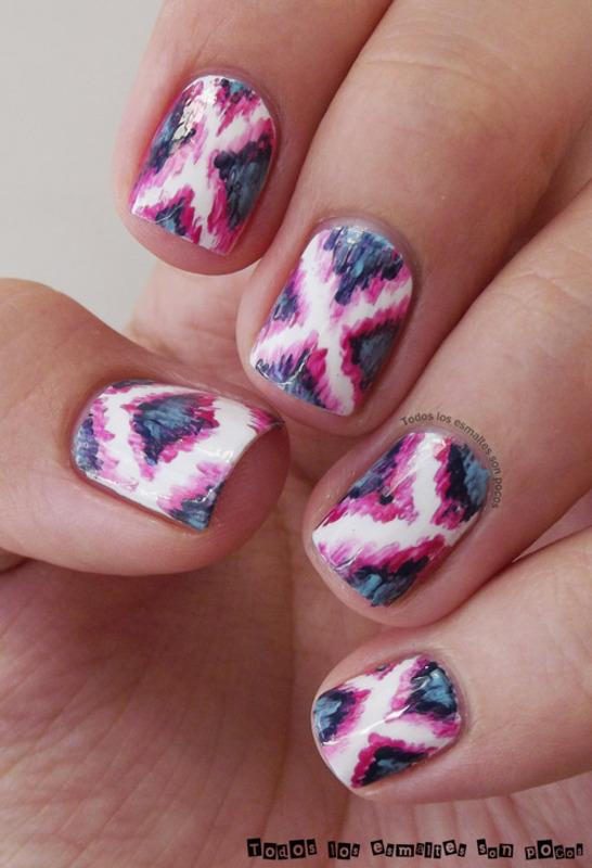 Ikat nail art by Maria