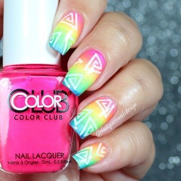 Summer Triangle Nails nail art by Blackqueennailsdesign