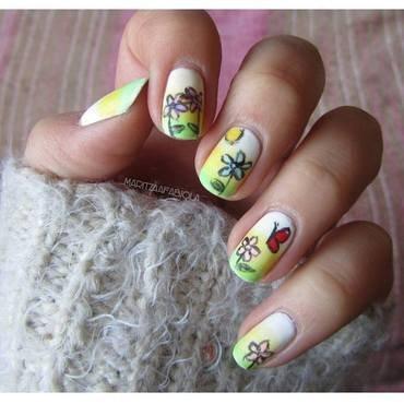 draw nail art by Mary